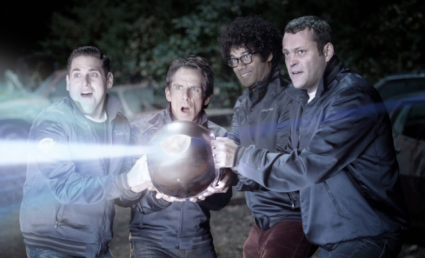 The Watch   Unfunny and boring alien invasion comedy [the watch 425x258] (IMAGE)