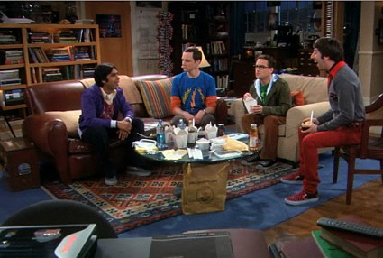 The Big Bang Theory   Zoicks! A girl in the comic book store? [bbt4134cc] (IMAGE)