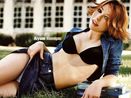 alyson hannigan young